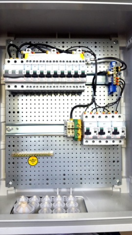 СИСТЕМЫ ОПЕРАТИВНОГО ПОСТОЯННОГО ТОКА (СОПТ) Щиты постоянного тока (ЩПТ) Шкафы отходящих линий Шкафы ввода и секционирования Шкафы ввода АБ и ЗУ Шкафы распределения оперативного тока (ШРОТ) Шкафы постоянного оперативного тока (ШОТ, ШОТЭ, ШУОТ, АУОТ) Шкафы аккумуляторные Шкафы с зарядно-питающими устройствами Шкафы питания цепей оперативной блокировки разъединителей (ОБР) Шкафы ввода ШВ-01 Шкафы распределения и учета ШРУЭ, ШРЭ ЩИТЫ ПЕРЕМЕННОГО ТОКА РТЗО-88 РТЗО-88М Распределительные щиты ЩО-70 Распределительные щиты ЩО-91 Главные распределительные щиты ГРЩ, ГРЩД Шкафы распределительные низкого напряжения ШРНН Щиты собственных нужд (ЩСН–0,4 кВ) Шкафы для питания и управления электродвигателями Шкафы РУНН (ШНВ, ШНЛ, ШНА, ШНС, ШНК, ШНД, ШНУ, ШНСТ, ШНМ, ШНП) Панели собственных нужд ПСН11, ПСН12 Шкафы питания собственных нужд ШСН ОБОРУДОВАНИЕ РЗА, АСУ ЭЛЕКТРИЧЕСКИХ СТАНЦИЙ, ПОДСТАНЦИЙ И ПРОМЫШЛЕННЫХ ОБЪЕКТОВ    ШКАФЫ ВТОРИЧНОЙ КОММУТАЦИИ ВНУТРЕННЕЙ УСТАНОВКИ Панели защиты автоматики ЭПЗ, ЭПО Шкафы управления Шкафы учета Шкафы ВЧ-связи Шкафы синхронизации Шкафы определения места повреждения линии (ОМП) Шкафы центральной сигнализации Шкафы регулирования напряжеия (ШРН, ШРПН) Релейные отсеки и панели Шкафы со счетчиками Шкафы с измерительными преобразователями Шкафы сбора и передачи данных (УСПД) Шкафы с регистрирующими приборами ШКАФЫ ВТОРИЧНОЙ КОММУТАЦИИ НАРУЖНОЙ УСТАНОВКИ Шкафы промежуточных зажимов (ШЗВ) Шкафы зажимов трансформаторов напряжения (ШЗН) Шкафы зажимов защиты шин (ШЗШ) Шкафы обогрева выключателей (ШОВ) Шкафы силовых сборок Шкафы клеммных зажимов ЯЩИКИ УПРАВЛЕНИЯ И СИЛОВЫЕ Ящики и шкафы управления ЯУ8050, ЯУ8250 Ящики силовые серии ЯР (П) Ящики вводные ЯВ Ящики управления асинхронным двигателем Ящики и шкафы автоматического ввода резерва ЯУ и ШУ НКУ ДЛЯ РАСПРЕДЕЛЕНИЯ И УЧЕТА ЭЛЕКТРИЧЕСКОЙ ЭНЕРГИИ Вводно-распределительные устройства ВРУ, ВРУ-1, ВРУ-3, ВРУ-8 Щитки этажные ЩЭ Щиты учета и распределения электрической энергии ЩУР Пункты распределительные ПР Ящики с